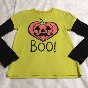 Girls Pullover Halloween Tee. EUC